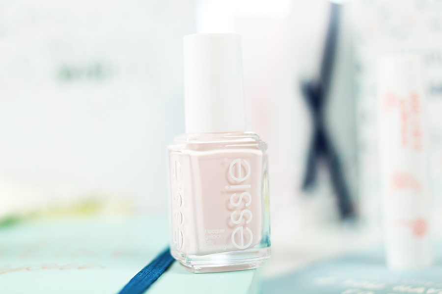 my-little-box-wish-essie-nagellack