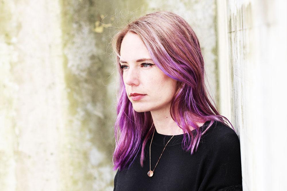 Purple Balayage helle Ansätze