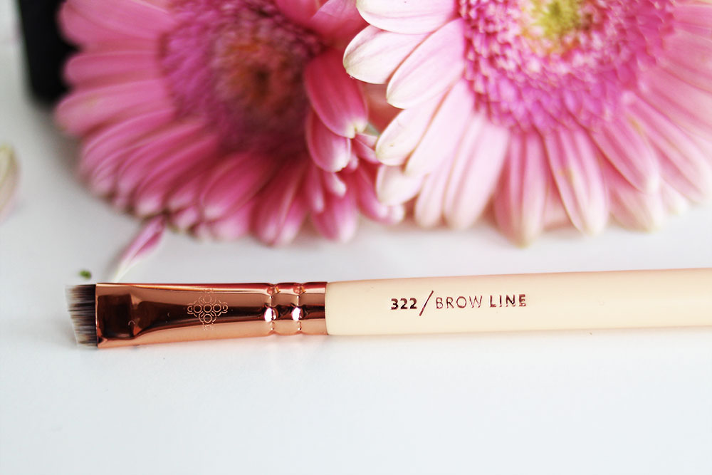 guenstige-make-up-pinsel-test-zooeva-rosegold-322-brow-line