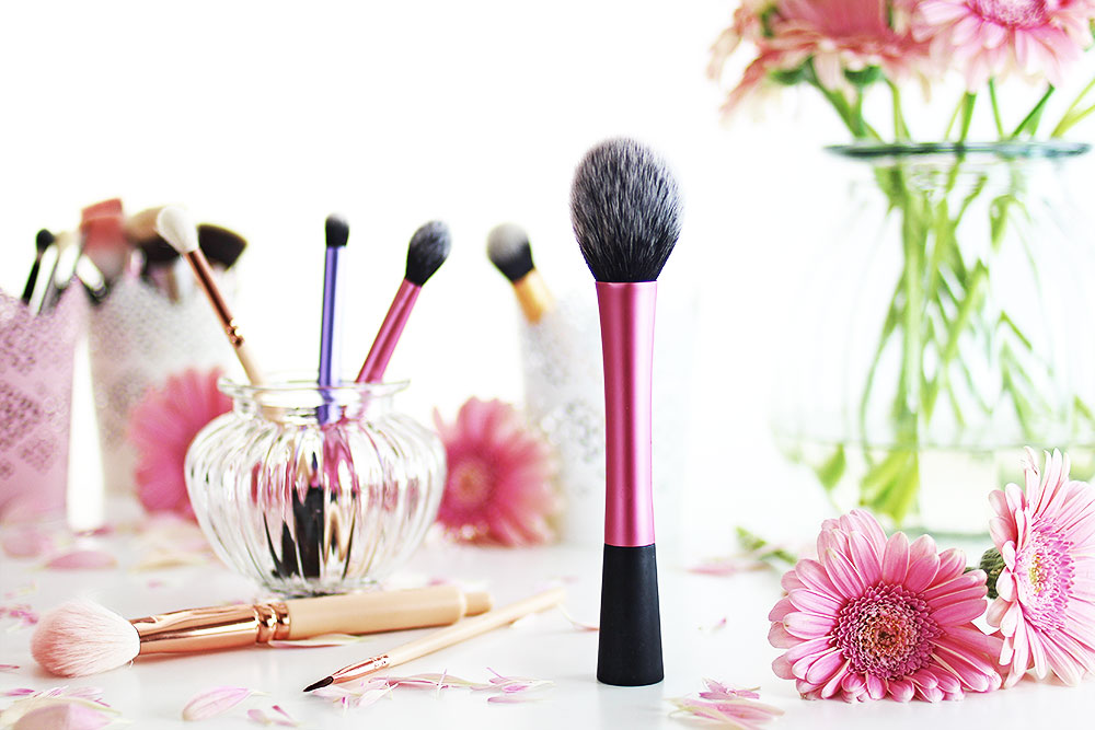 make-up-pinsel-real-techniques-blush-brush