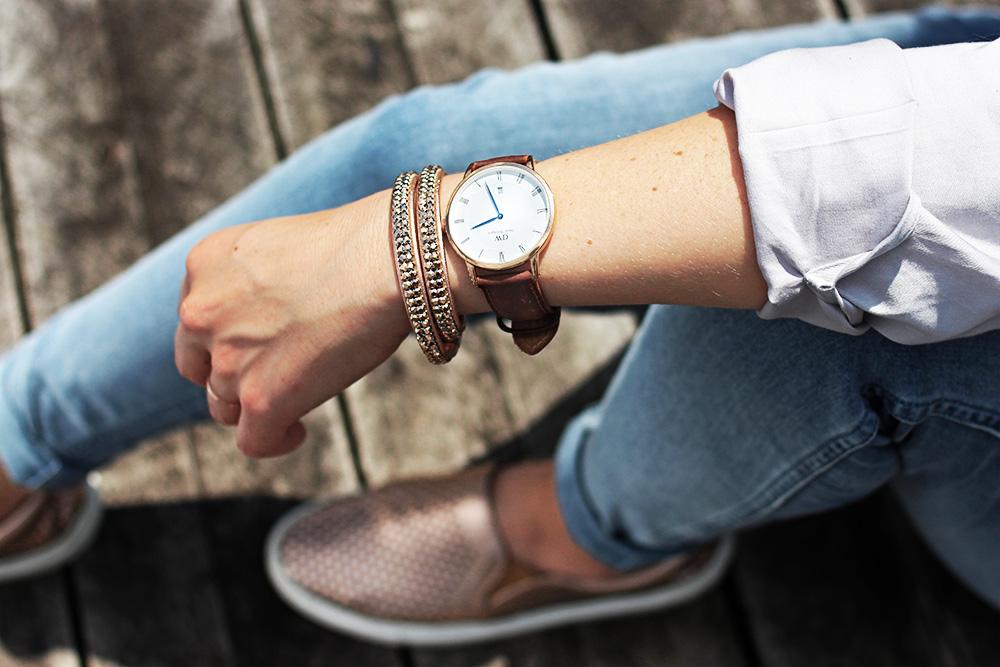 Daniel-Wellington-leder-Armband-blaue-zeiger-rosegold