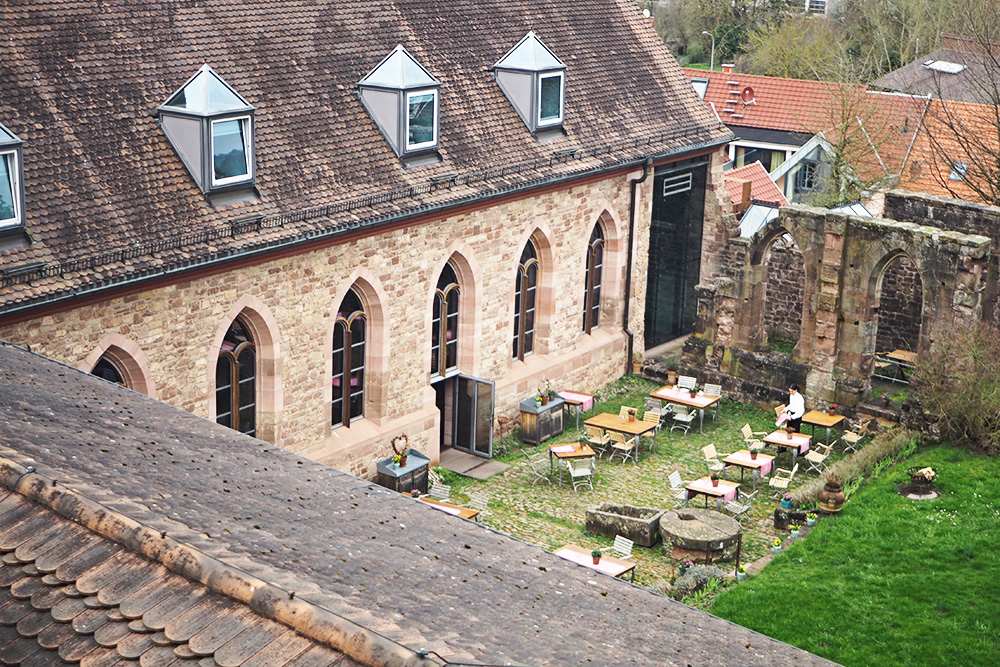 Hornbach Bielefeld kloster hornbach biergarten rosegold marble