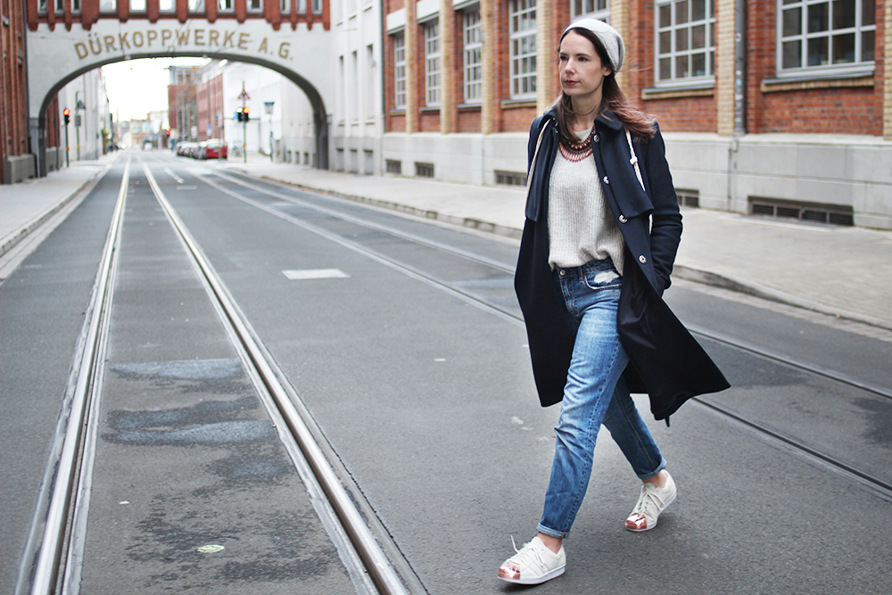 herbstoutfit-fashion-adidas-cos-and-other-stories