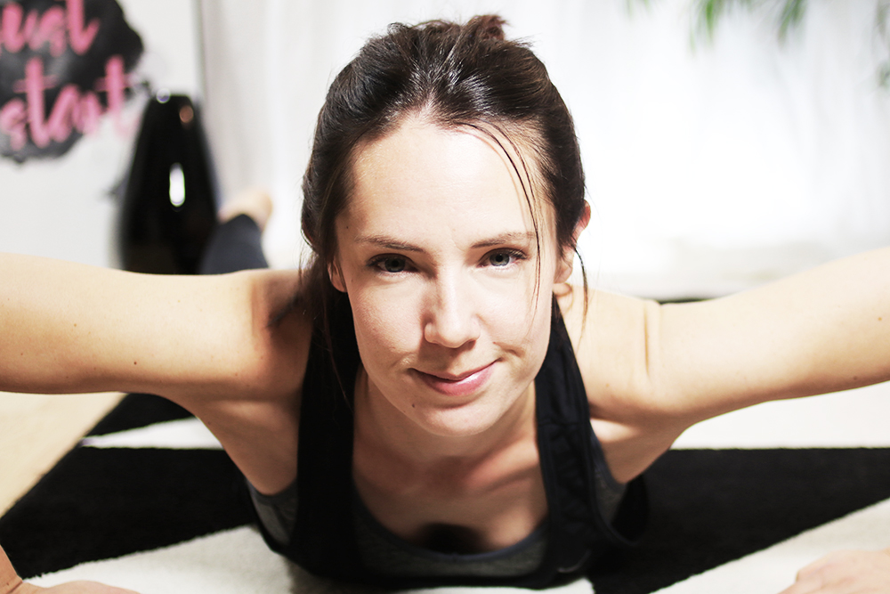 pinkpetzie-yoga