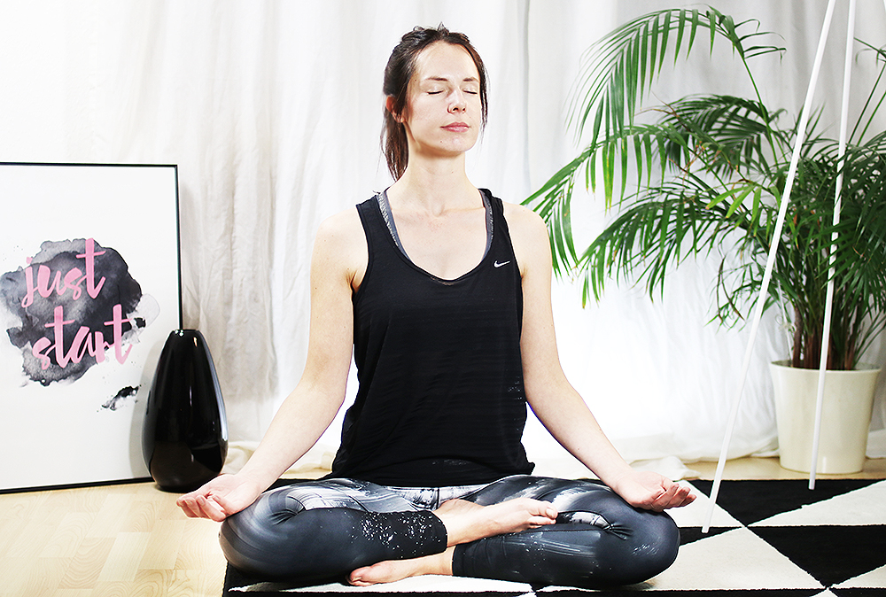 yoga-entspannung-fuer-anfaenger-sport-meditation
