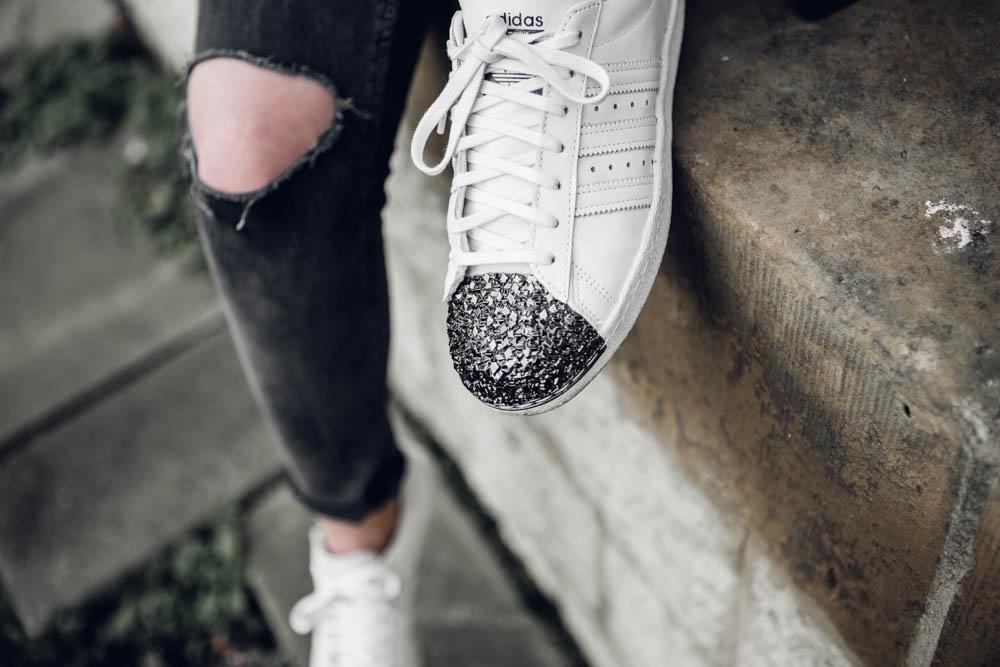 Blogger Sweater Kauffalle Instagram Adidas Superstars