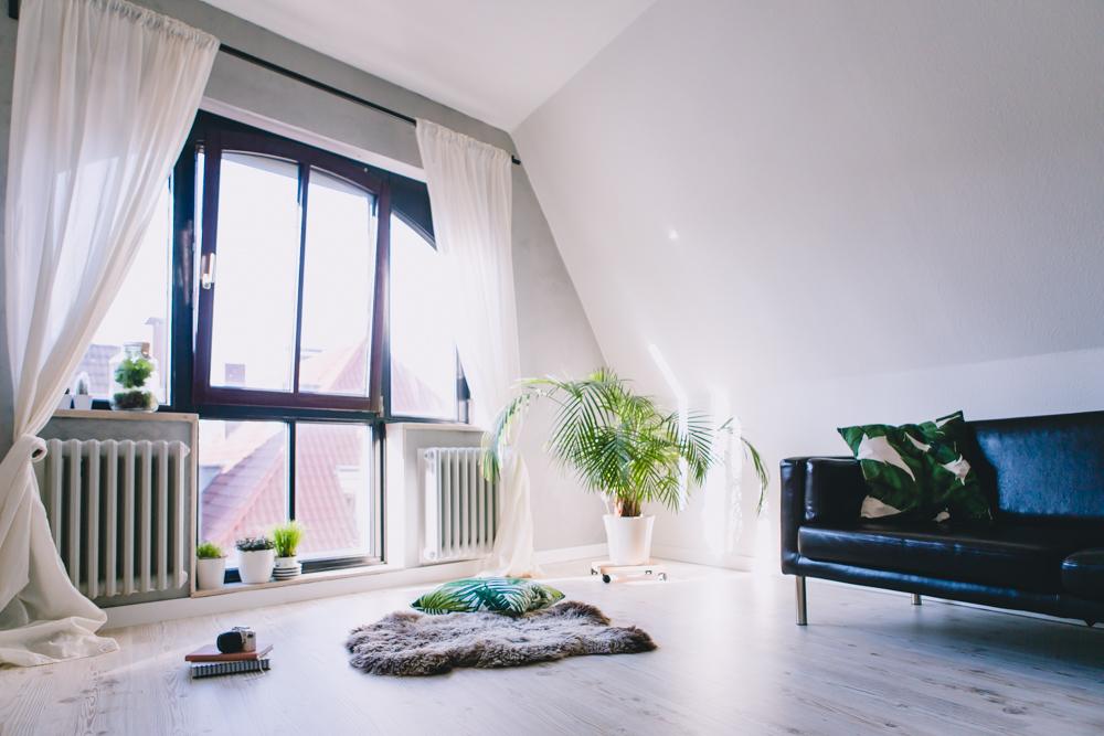Renovieren, Boden neu verlegen, helle Holz-Optik Bioboden