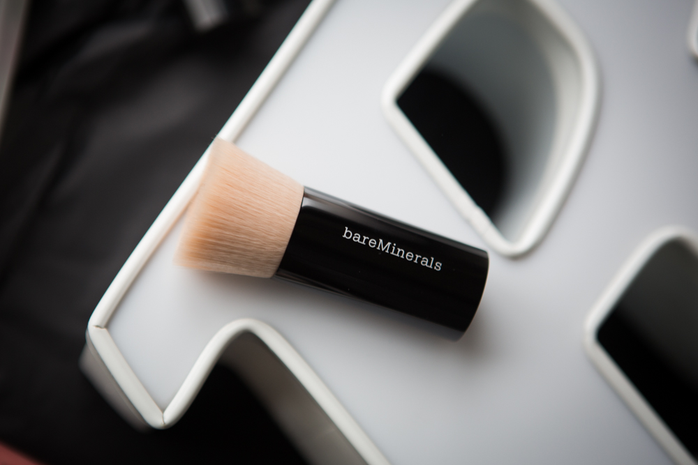 bareMinerals Beautiful Finish Brush - Puderpinsel