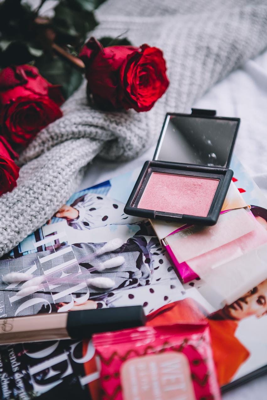 Wie hält Make Up länger? Produktempfehlungen, Tipps, Anleitung