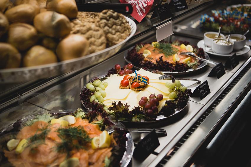 Julbord schwedisches Weihnachtsbuffet bei IKEA Bielefeld