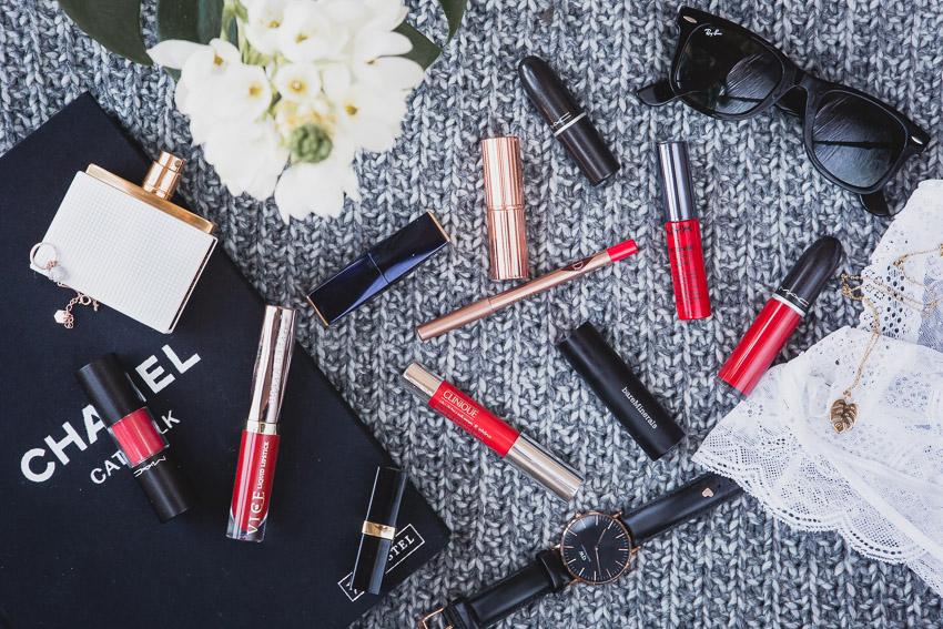 10 rote Lippenstifte für den Alltag, unterschiedliche Farben und Texturen