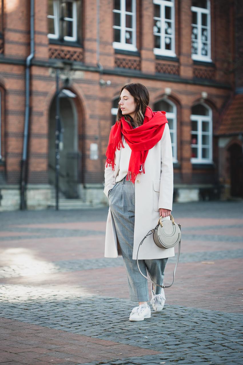 Chloe Pixie Bag Outfit Inspirations beige Coat