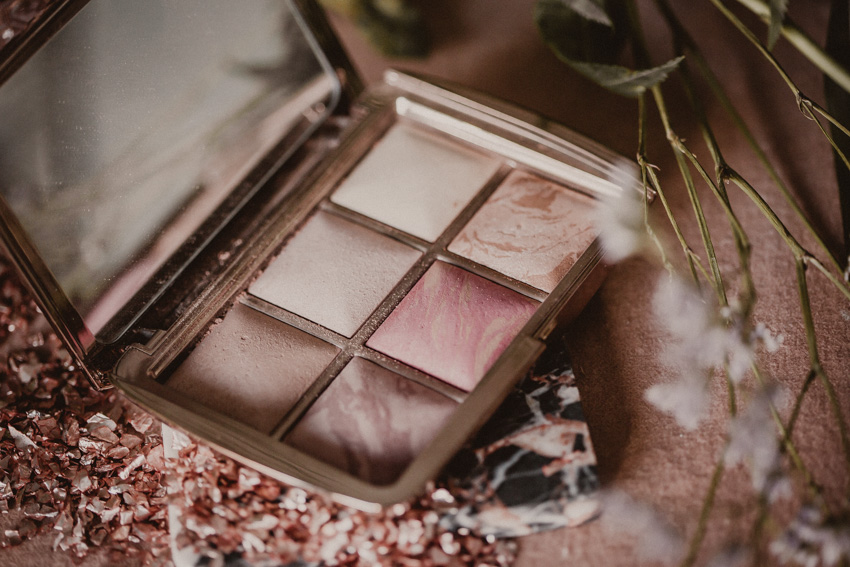 Hourglass Ambient Lighting Palette Edit 1
