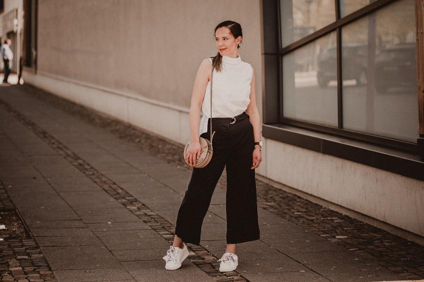 Deine eigenArt Lifestyle Markt und Fashion Exchange