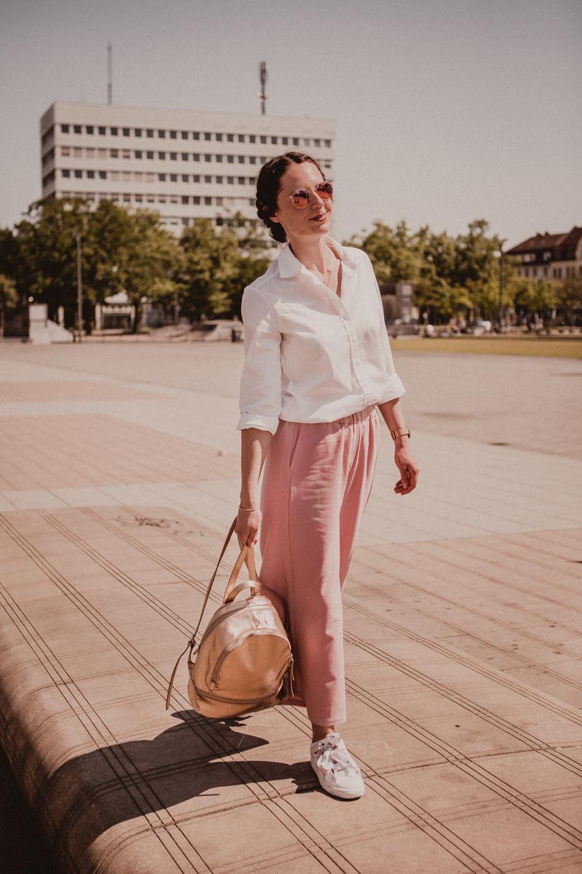 Culotte stylen: so kombinierst du einen Hosenrock fürs Büro und die Freizeit