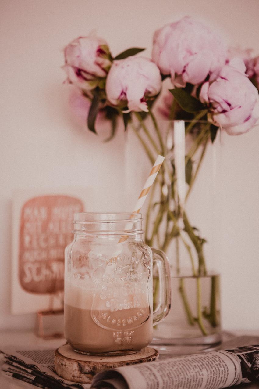 Pfingstrosen und Kaffee Details Lifestyleblog