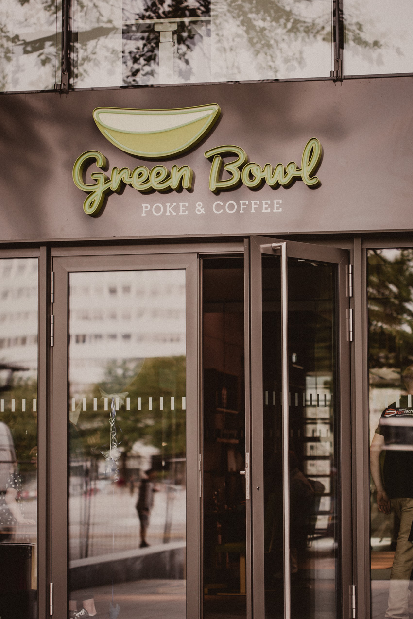 Green Bowl Poke and Coffee Bielefeld Kesselbrink Volksbankgebäude